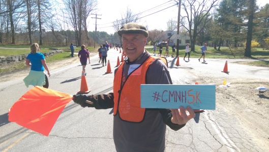 Long time CMNH volunteer Frank prepares runners for the Fairway Meadows Cul-de-sac